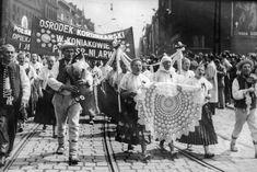 Znalezione obrazy dla zapytania polskie ludowe koronki koniaków