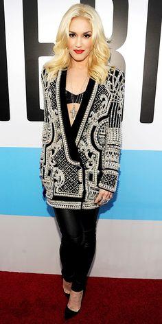 Gwen Stefani hit the American Music Awards in Balmain's velvet blazer, diamond Neil Lane jewelry, leather leggings and black Christian Louboutin pumps.
