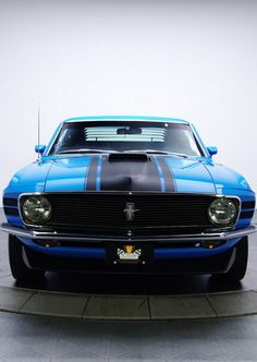 Thoroughbred Gold Mustang Boss 302 #ThrowbackThursday