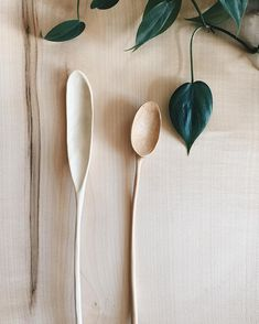 Pottery is elegant, diverse and quite the attractive addition to any part of your home. The kitchen is no exception as it can also benefit from the addition of pottery in a variety of ways. Carved Spoons, Ceramic Spoons, Wood Spoon, Wood Sculpture, Abstract Sculpture, Bronze Sculpture, Wood Creations, Whittling, Wooden Kitchen
