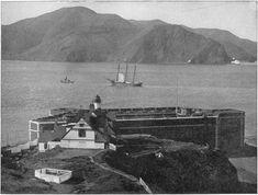 Before the construction of the Golden Gate Bridge. noter le relief qui va être façonner en face.