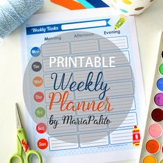 This printable weekly planner will help keep you organized and motivated to get stuff done!