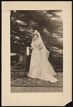 Maud Ramsdell Beal on her wedding day, 1908 May 26