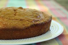 Madeira Cake. Je l'ai fait il y a 2 ans, il s'agit d'un gâteau au citron, très moelleux. C'est un délice et si on remplace le beurre par du beurre demi-sel, c'est encore meilleur !