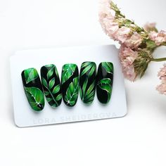 Make an original manicure for Valentine's Day - My Nails Design Tropical, Tropical Nail Art, Cute Nails, My Nails, Nail Art Fleur, Bright Summer Nails, Nail Art Designs, Nail Design, Green Nails