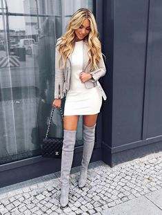 All Things Lovely In This Fall Outfit. 22 Inspurational Casual Style Looks For Starting Your Fall – All Things Lovely In This Fall Outfit. Fashion Moda, Look Fashion, Winter Fashion, Womens Fashion, Fashion Fashion, Fashion Beauty, Young Fashion, Chanel Fashion, Gothic Fashion