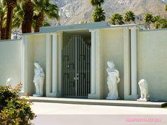 1441 North Kaweah, Liberace's Third Palm Springs House