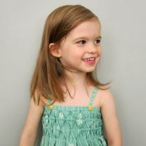 Honeycomb Smocked Sundress - tutorial by Straight Grain Sundress Tutorial, Sundress Pattern, Smocking Tutorial, Purse Tutorial, Sewing Kids Clothes, Sewing For Kids, Dress Tutorials, Sewing Tutorials, Punto Smok
