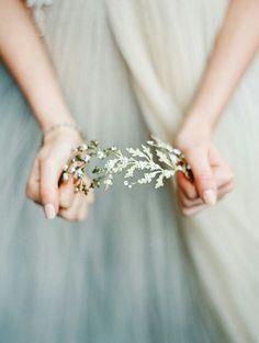 Crown  Flowers Gold Wedding