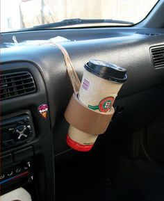 Darn those old cars.......no cup holders......
