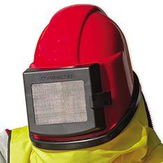 Ľahká, komfortná a lacná kukla pre tryskanie. Konštrukcia kukly nedovoľuje pri dýchaní zahmlievanie zorníka. Kukla COMFORT je dodávaná s regulátorom tlakového vzduchu, opaskom a vestou z priemyselnej tkaniny.