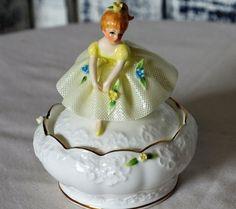 Vintage MARURI Japan Bone China 1975 ENESCO Figurine Trinket Box Dresden Lace  #MaruriMasterpieceEnesco #FigurineDresdenlace