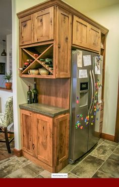 Small Kitchen Makeover Gorgeous Small Kitchen Remodel Ideas 27 - Remodeling your small kitchen shouldn't be a difficult task. When you put your small kitchen remodeling idea on paper, just […] Rustic Kitchen Cabinets, Kitchen Redo, 10x10 Kitchen, Kitchen Rustic, Ranch Kitchen, Vintage Kitchen, 1950s Kitchen, Condo Kitchen, Building Kitchen Cabinets
