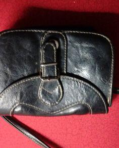 petit sac en cuir noir - 50 % Black Leather, Wallet, Bags, Etsy, Fashion, Small Leather Bag, Unique Jewelry, Handbags, Moda