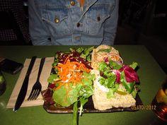 The Upstream Burger at The Coup (Calgary, Alberta) Calgary, Mexican, Ethnic Recipes, Blog, Blogging