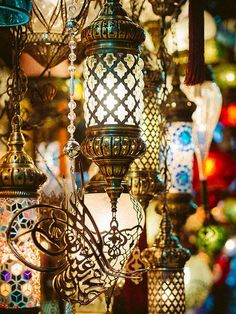 Turkish lanterns at the Grand Bazaar in Istanbul, Turkey. Description from pinterest.com. I searched for this on bing.com/images