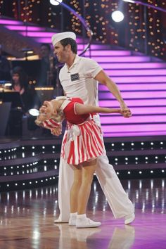 Julianne Hough and Chuck Wicks in Dancing with the Stars Chuck Wicks, Lindy Hop, Julianne Hough, Season 8, Dancing With The Stars, Strike A Pose, Affair, Famous People, Peplum Dress