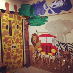 African grasslands adorable classroom scape for Lions at Lunchtime unit (magic tree house). African Theme, African Safari, African Art, Arctic Decorations, Jungle Decorations, Safari Theme, Jungle Theme, Jungle Safari, Preschool Jungle