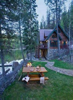 Haus Log cabin close to the lake in your good trip. Nation House A Lake Cabins, Cabins And Cottages, Little Cabin, Log Cabin Homes, Cozy Cabin, Cabins In The Woods, Home Design, My Dream Home, Future House