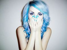Oh man, if I could ever get my hair that white, I'd do this in a heartbeat.