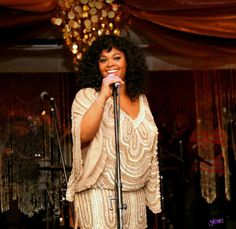I love Jill Scott! Gorgeous dress too Best Female Artists, Female Singers, Beautiful Clothes, Beautiful Outfits, Beauty Style, Fashion Beauty, Jill Scott, Detective Agency, Body Confidence