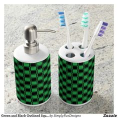 Green and Black Outlined Squares Bath Set