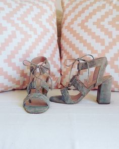 New entry! <3 Lace up shoes!