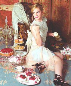 世界的愛され女優*エマ・ワトソンのドレススタイルは本当に可愛かった!!にて紹介している画像