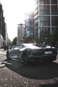 Tron Lamborghini Aventador!!!