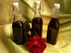 Z jeżyn możesz też przygotować pyszną i aromatyczną nalewkę.  Sprawdź przepis!