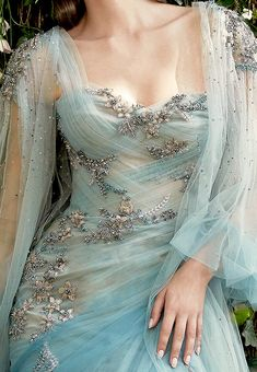 Beautiful Gowns, Beautiful Outfits, Pretty Outfits, Elegant Dresses, Pretty Dresses, Evening Dresses, Prom Dresses, Blue Wedding Dresses, Fairytale Dress