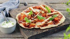 BBQ-pizza - MatPrat Frisk, Kos, Mozzarella, Vegetable Pizza, Grilling, Stuffed Peppers, Crickets, Stuffed Pepper, Aries