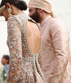 Whoa! Sabyasachi killlling it with Summer Bridal & Menswear! Totally in love. #Pakistan #fashion #bridal #bridalcouture #love #beautiful #wedding #marriage #instalove #instafeed #instagood #instadaily #awesome #beautiful #beauty #eastern #india by bridal.lounge