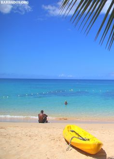 The lovely Holetownn Beach on the west coast of #Barbados.