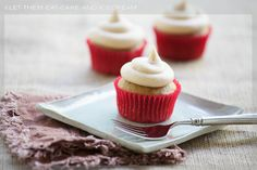 Pumpkin Cupcakes and Cinnamon Cream Cheese Frosting