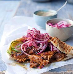 yotam ottolenghi's chicken shawarma with red onion salsa + tahini sauce // try in the broiler Ottolenghi Recipes, Yotam Ottolenghi, Middle Eastern Dishes, Middle Eastern Recipes, Chicken Spices, Chicken Recipes, Bagels, Chicken Shawarma Sandwich, Otto Lenghi