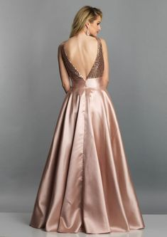 NotAverageDress A-Line V-Neck Sleeveless Backless Long Dress 2019 – NotAverageDress. Prom Dresses Two Piece, Gala Dresses, Dress Outfits, Evening Dresses, Beautiful Long Dresses, Elegant Dresses, Nice Dresses, Formal Dresses, Formal Wear