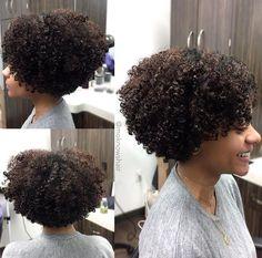 35 short curly haircuts cuts # short # … Source by susancgarza Short Curly Haircuts, Curly Hair Cuts, Short Hair Cuts, Bob Hairstyles, Curly Hair Styles, Indian Hairstyles, Headband Hairstyles, Braided Hairstyles, Natural Hair Bob