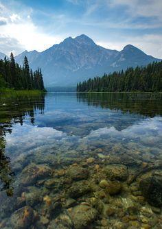 Pyramid Lake & Pyramid Mountain Jasper National Park