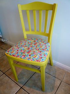 That seat...what if you modge podged a puzzle to the seat for a kid's room?