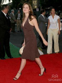 Jenna-Fischer-Feet-1271113.jpg (594×793)