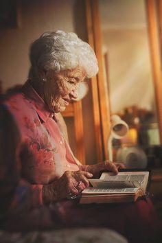 100th Birthday Photography. www.charlenelouw.co.za