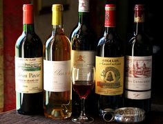 French Wine Facts and Figures Wine Drinks, Alcoholic Drinks, French Wine Regions, Wine Facts, Bar Cart Styling, Grand Cru, Types Of Wine, In Vino Veritas, Wine Cheese