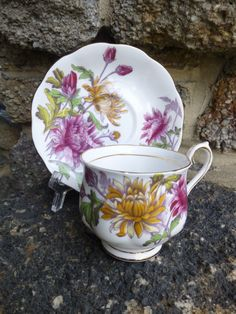 Royal Albert Chrysanthemum Bone China Tea Cup Set