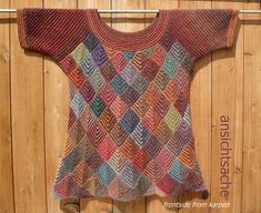 Color variation of Karpen/The Carp by Marianne Isage; Knitting Designs, Knitting Stitches, Knitting Projects, Hand Knitting, Crochet Clothes, Knitwear, Knitting Patterns, Knit Crochet, Sweaters For Women