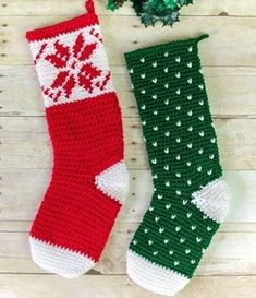 25 Crochet Christmas Patterns to Try - A More Crafty Life Crochet Christmas Stocking Pattern, Crochet Stocking, Crochet Gifts, Cute Crochet, Crochet Baby, Christmas Patterns, Christmas Crafts, Crochet Ideas, Crochet Projects