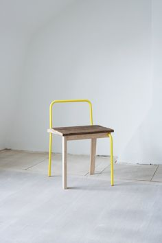 [CRAFT+DESIGN] V Chairs