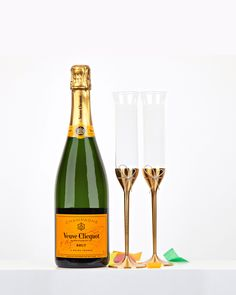 Looking for the perfect wedding gifts? You can't go wrong with champagne of course, but click through to see what other suggestions we have.