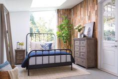 Knox Queen Metal Panel Bed - 360