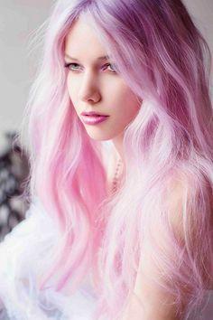Resultado de imagem para cabelo rosa pastel tumblr